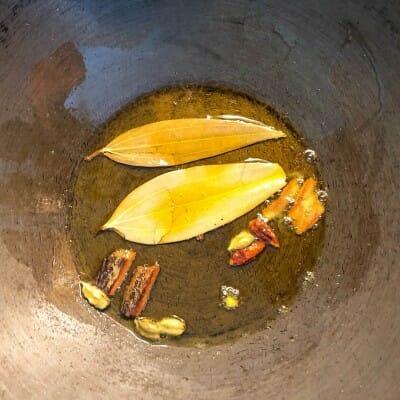 temper-spices in oil